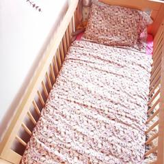 Bunnies Dreaming in the flower garden Baby Bedding Nursery Cot Quilt Set