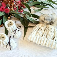 Oatmeal Handmade Crochet Knitted Newborn Cable Pompom Baby Beanie Hat & Booties