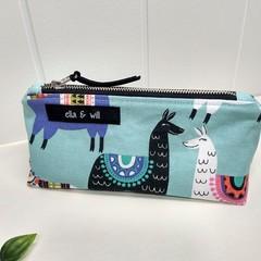 LLAMA - 'LITTLE BAG FOR EVERYTHING'