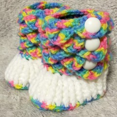 Crocodile stitch baby booties in white and rainbow 0-3 months