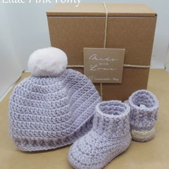 Lilac - Baby Shoes and Hat Set - Newborn (0-3mths)