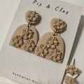 Daisy clay earrings