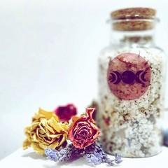 Toasty Hugs - Luxury Incantation Bath Salts