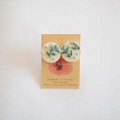 Botanica design Lrg round polymer clay stud earrings