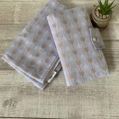 Waterproof change mat & nappy wallet, arrows, gender neutral
