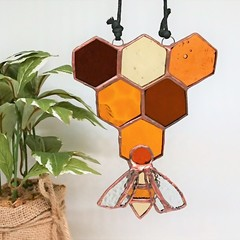 Honeycomb and Bee Triangle Stained Glass Suncatcher 15x11cm