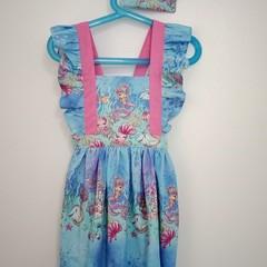 Mermaid flutter sleeve dress  Size 5-6