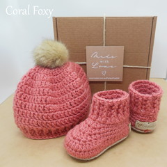 Coral Foxy - Baby Shoes and Hat Set - Newborn (0-3mths)