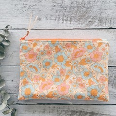 Medium Pouch- Retro Bloom