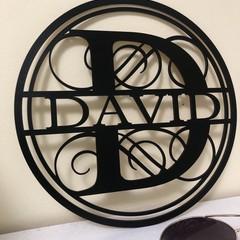 Circular personalised name plaque