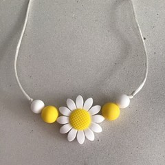 Daisy Teething Necklace Adult 85cm