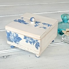 """""""BLUE & WHITE FLORAL"""" decoupage wooden jewellery box, velvet lined, finial knobs"""