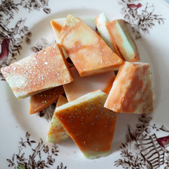 Ginger Lily Glow! Soy Wax Brittle - Wax Melts - Wax Bark!