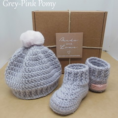 Grey - Baby Shoes and Hat Set - Newborn (0-3mths)