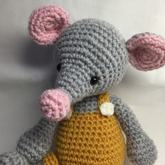Mouse - crocheted toy