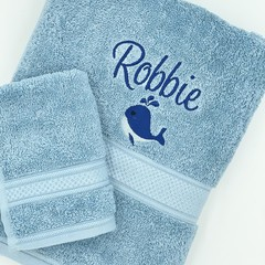 Embroidered blue towel set | Personalised gift idea | Practical keepsake
