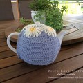 Daffodil TEA COSY, fits most 4-6 cup teapots,  free shipping