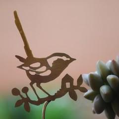 Fairy Wren with Tiny House Brass Garden Decoration 1