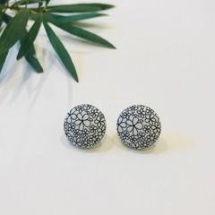 Black Daisy Earrings