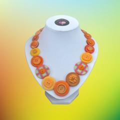 Button necklace - Butterscotch