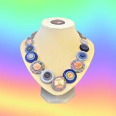Button necklace - Blue Belle