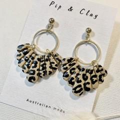 Scalloped leopard print statement earrings