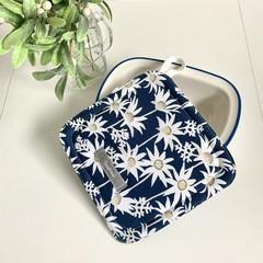 Pot Holder/ White Flowers/ Trivet/ Heatproof/ Bench Protector/ Kitchen Decor