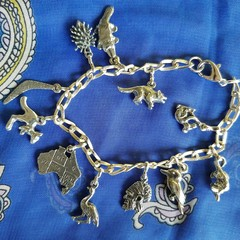 Aussie Pewter Charm  Bracelet, marsupials,birds, indigenous,  mammals, 11 charms