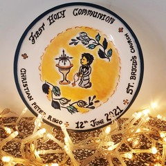 Religious  Holy Communion- Hand painted personalized plates (keepsakes)