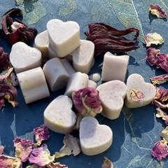 12 x Mini Handmade Goats Milk Soap with Brazilian Purple Clay and Sandalwood