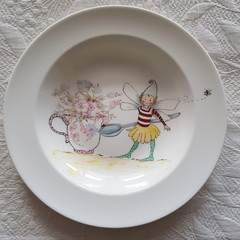 Hand painted Wedgwood fairy  dish.