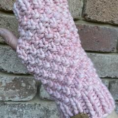 Handmade pink Handwarmers, Fingerless pink wristwarmers, chunky gloves, ladies p