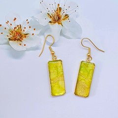 Rectangular Gold Earrings in Lime and Gold Tonings