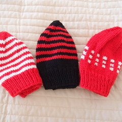 *Special * 3 beanies: (1-3yrs): Washable,unisex, winter, soft