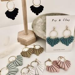 Scalloped statement earrings