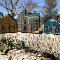 3 Little Cottages