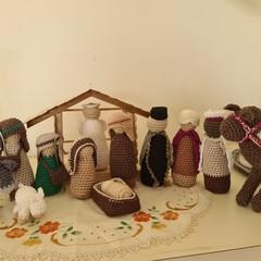 Heirloom Crochet Nativity Sets