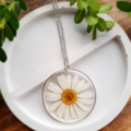 Silver Round Daisy Resin Pendant Necklace