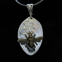 Upcycled spoon Necklace - Bee