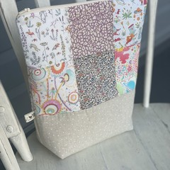 Esther Happy Liberty Pouch