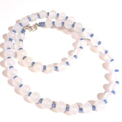 Necklace. Beaded necklace. Beautiful elegant opauqe white and blue glasse beads