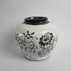 Black and White Carved Flower Vase