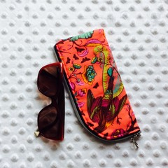 Zippered Glasses Pouch